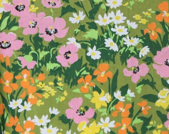 Vintage Mod Twin Bedspread, 70s Avocado Green Pink Floral Daisy Orange Poppy, Flower Power Mod Bed Cover, Repurpose Fabric