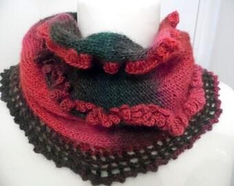 """Snood """"ALEXANDRA"""" en laine et acrylique tricoté à la main - création Misty Tuss Tricote"""