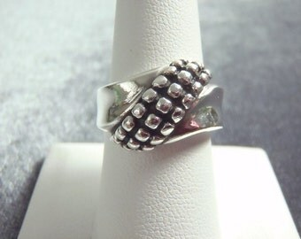 Sterling Silver Dotted Band Ring Sz 8 R245