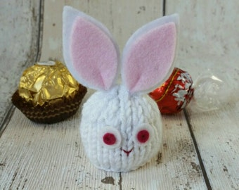 Bunny Rabbit party favour, hand knitted, Easter bunny, white rabbit, wedding favour, baby shower favour, gift for children, gift for him her