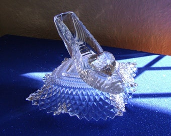 Swarovski Crystal Heart Cinderella Glass Slipper with Glass Pillow, Cinderella Romantic Fiance Bride Wedding Gift from Groom
