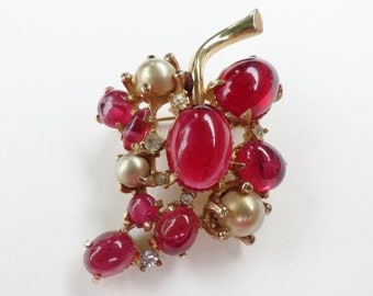 Vintage Brooch by Marvella Pink Jelly Belly with Faux Pearls