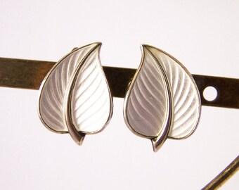 Vintage Guilloche Leaf Clip Earrings, Enamel Leaf Earrings, Bernard Meldahl Earrings, White Leaf Earrings, Silver Earrings, Enamel Earrings