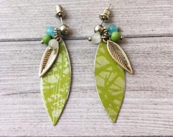 Boho earrings - paper earrings - stud earrings - dangle and drop - metal feather - leave shape - glass beads - green - hippie -one of a kind