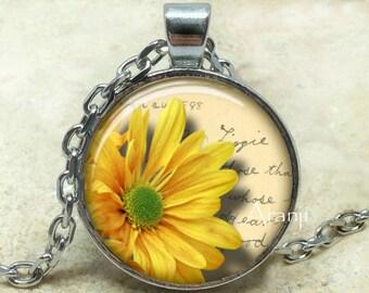 Yellow daisy art pendant, yellow daisy necklace, yellow flower necklace, daisy pendant, daisy necklace, flower pendant, Pendant #PL195P