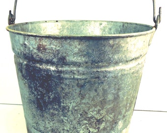 Galvanized Pail Bucket Vintage Rustic Farmhouse Garden Tool Carrier