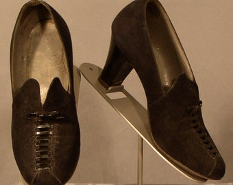 s120 Black Suede & Leather 1940's Pumps Vintage Shoes 6B