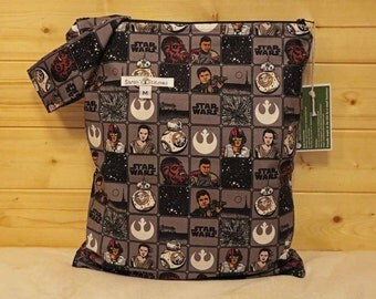 Cloth Diaper Wetbag, Star Wars, Diaper Pail Liner, Diaper Bag, Day Care Size, Holds 5 Diapers, Size Medium with Handle item #M78