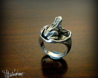 Sterling Silver Frog on a Lily Pad Ring, size 6.5