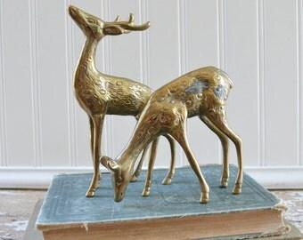 Vintage Brass Deer Figurine Set - Pair of Gold Doe Buck Decor
