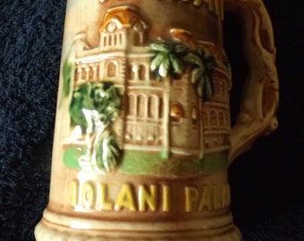 "Vintage Souvenir Hawaii Iolani Palace Beer Stein  7"" CL19-21"