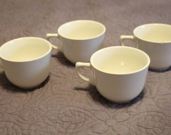Set of 4 Vintage Off White Cream Color Teacups Tea Service With Scalloped Fancy Bottom Design Made in USA