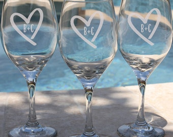 Etched Wine Glass, Personalized Etched Wine Glass, Birthday Gift, Custom Wine Glass, Monogram Gift, Personalized Gift, Gift for Her