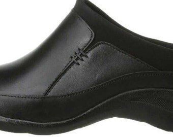 Hush Puppies Black Leather Clogs 11 W