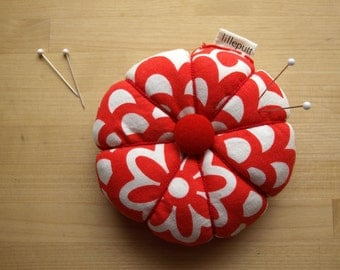Red White Floral Pincushion Bold Floral Pattern with Fabric Covered Buttons