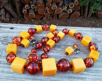 Huge Bakelite Necklace and Matching Earrings