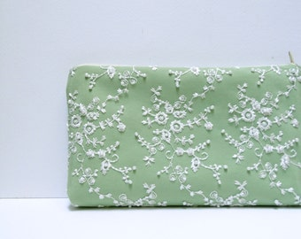 Wedding clutch Green  Satin clutch Bridesmaid clutch White lace Pearls Green  Brides Purse White Lace Purse Set 3 Set 5 Made to order