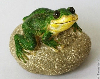 Silicone soap mold Frog on a rock