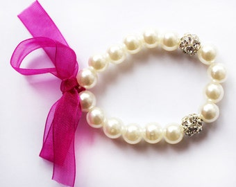Flower girl gift, fuchsia flower girl bracelet, pearl bracelet, junior bridesmaid gift, little girl bracelet, wedding gift