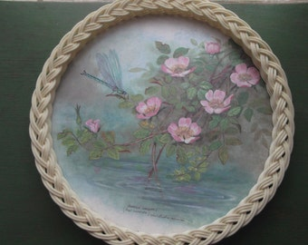 Vintage Round Tray, Roses & Dragonfly - Woven Plastic Gallery