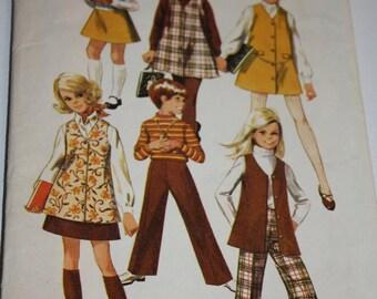 Simplicity Pattern 8377 Vintage dress skirt vest pants 1969 size 6