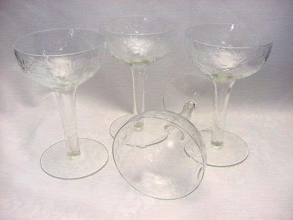 Gorgeous hollow stem champagne goblets glasses vintage set 4 - Hollow stem champagne glasses ...