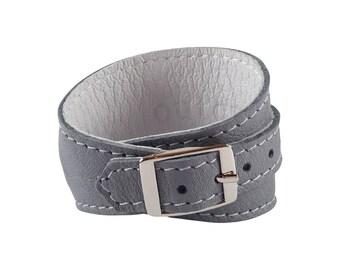 Crop Cuff in Lilac Grey leather