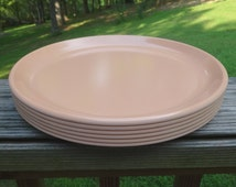Set of 6 1960s Rubbermaid Melamine Dinner Plates in Peach or Salmon, 10 1/8 In. Diameter, No Scratches, Unused, Vintage 1960s Melamine