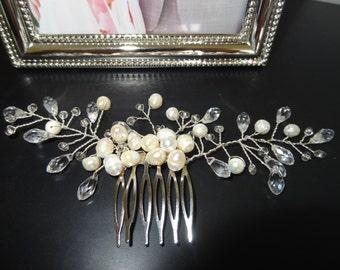 Pearl Bridal Comb, Silver Comb, Flower Comb, Wedding Comb, Bridesmaid Gift, Handmade Comb,  Wedding hair accessories, Headpiece, Pearl