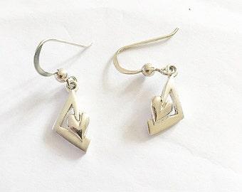 SALE-Beautiful vintage sterling silver heart drop earrings