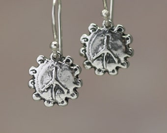 Artisan Sterling Silver Peace Sign Earrings – Calieri