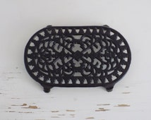 F R E  N C H  Vintage black Cast Iron Enameled Table Pot holder Trivet |French country kitchen table