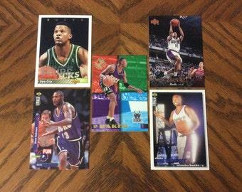 25 Milwaukee Bucks Basketball Cards