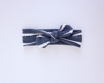 Grey Ruffle Knot Headband