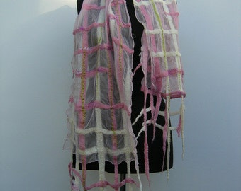 Nuno felted scarf pink, felted