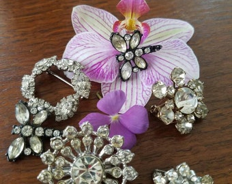 Brooches for weeding bouquet