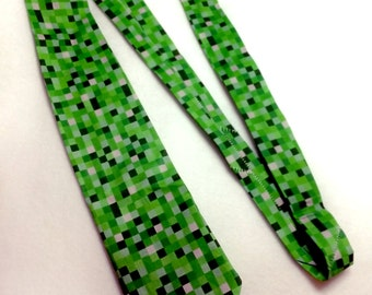 Necktie, 8-bit green Minecraft video game