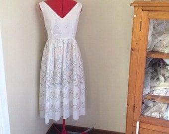 Size 12, vintage floral Tea length