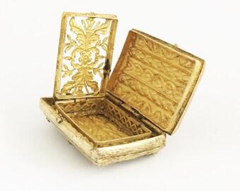 18th Century Antique French Vinaigrette Ancient Perfume Box Vinaigrette Locket Scent Locket  Fragrance Locket