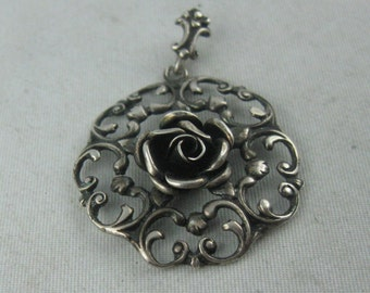 Beautiful costumes pendant with ROSE made of sterling silver (Ag 925). VINTAGE