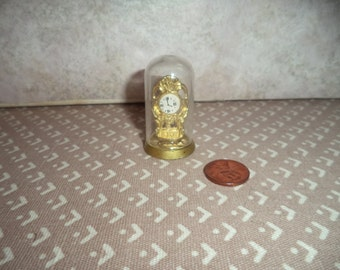 1:12 scale Dollhouse Miniature Mantle Clock