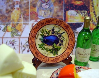 Tuscan Style-Aubergine Miniature Plate for Dollhouse 1:12 scale