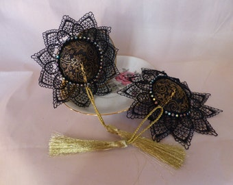 Deluxe Burlesque Costume Nipple Pasties & Tassels- Gold/Black Brocade with Black Lace