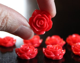 8 resin cabochons roses, 18 mm x 7 mm, 4 pairs roses, flat back, red roses