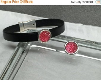 On Sale NOW 25%OFF Beautiful Pink Resin Rhinestone Slider Bead For 5-10mm Flat Leather Antique Silver Z2379 Qty 1