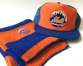 Vintage Bundle: 1980s New York Mets MLB Mesh Snapback Patch Hat with Patch Scarf