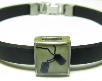 Military Dog Tags Link With Choice Of Colored Band Charm Bracelet