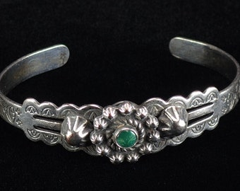 Vintage Old Fred Harvey Era Bracelet Silver with Green Turquoise Native American