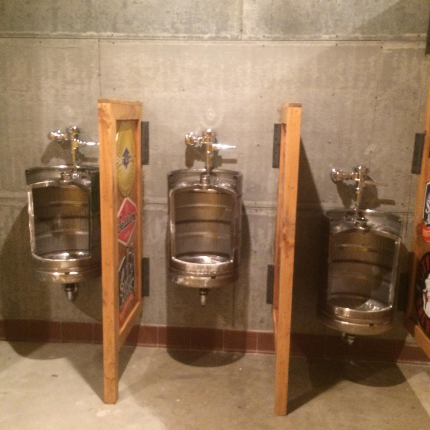 Beer Keg Urinal Stainless Novelty Toilet For Bistro Cafe