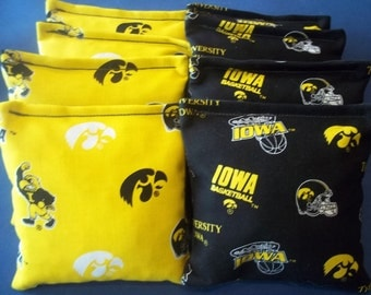 8 ACA Regulation Cornhole Bags - NCAA Iowa Hawkeyes on 2 Different Prints